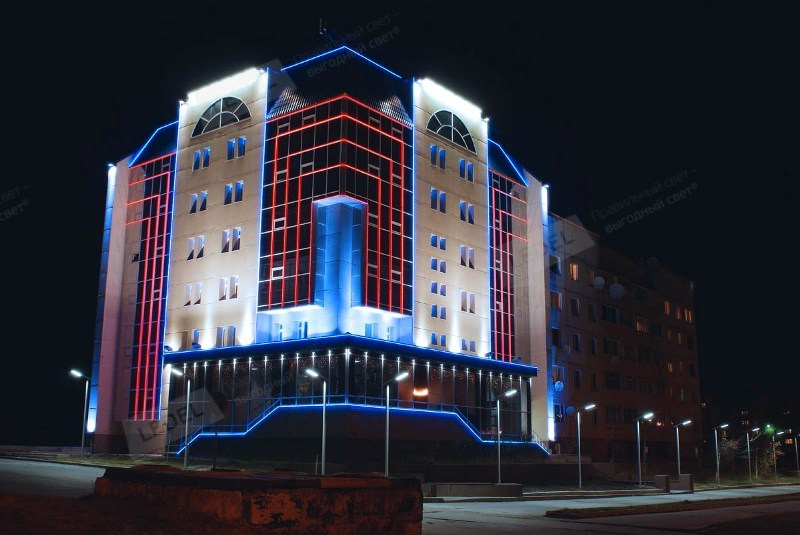 Подсветка офисного центра, Сургут.jpg